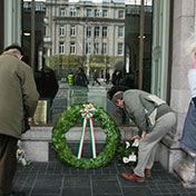 Laying wreaths - Easter Sunday 2014